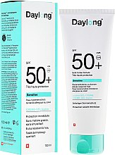 Kup Przeciwsłoneczny krem-żel do skóry wrażliwej SPF 50+ - Daylong Sensitive Gel-Creme