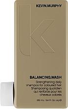 Kup Wzmacniający szampon do włosów farbowanych - Kevin.Murphy Balancing.Wash