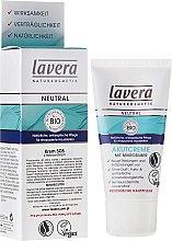 Kup Intensywnie pielęgnujący krem do twarzy - Lavera Neutral Intensive Treatment Cream