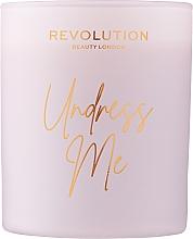Kup Makeup Revolution Beauty London Undress Me Scented Candle - Świeca zapachowa