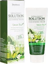 Kup Pianka do mycia twarzy z ekstraktem z zielonej herbaty - Deoproce Natural Perfect Solution Cleansing Foam Green Tea