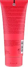 Odżywka wzmacniająca kolor grubych włosów farbowanych - Wella Professionals Invigo Colour Brilliance Coarse Conditioner — фото N2
