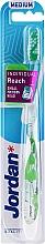 Kup Szczoteczka do zębów z nasadką ochronną, biało-zielona - Jordan Individual Reach Medium Toothbrush