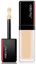 Kup Nawilżający korektor w płynie do twarzy - Shiseido Synchro Skin Self-Refreshing Concealer