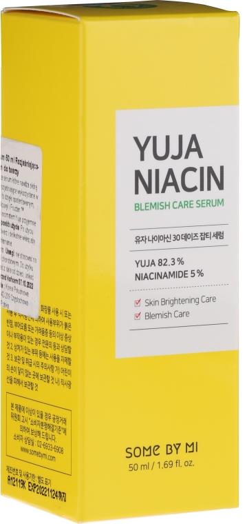 Rozjaśniające serum do twarzy z 5% niacynamidem - Some By Mi Yuja Niacin Blemish Care Serum