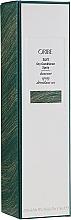 Kup Lekka mgiełka odświeżająca włosy - Oribe Soft Dry Conditioner Spray