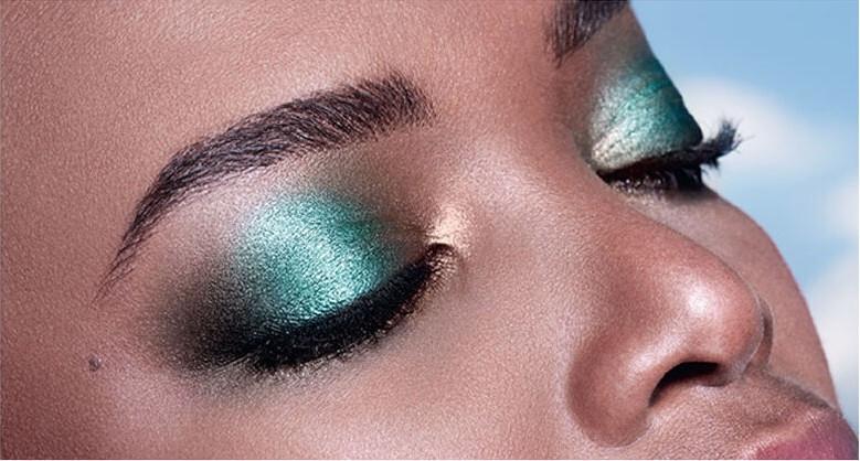 Paletka cieni do powiek - L'Oreal Paris La Petite Palette Optimist Eyeshadow — фото N4
