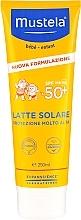 Kup Nawilżający balsam przeciwsłoneczny do ciała dla dzieci SPF 50 - Mustela Bebe Very High Protection Sun Milk