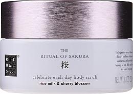 Kup Peeling do ciała - Rituals The Ritual of Sakura Body Scrub