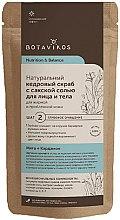 Kup Naturalny cedrowy scrub z sakską solą do twarzy i ciala do skóry tłustej i problematycznej - Botavikos