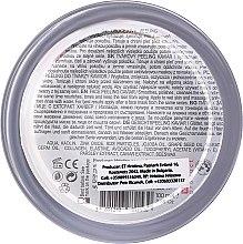 Peeling do twarzy z kawiorem - Hristina Cosmetics Orient Caviar Face Peeling — фото N2