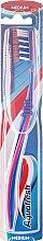 Kup Szczoteczka do zębów, średnia twardość, niebiesko-różowa - Aquafresh Clean Deep