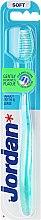 Kup Miękka szczoteczka do zębów, zielona - Jordan Target Teeth & Gums