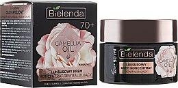 Kup Luksusowy krem koncentrat rewitalizujący skórę twarzy 70+ - Bielenda Camellia Oil