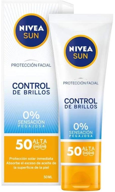 Matujący krem do twarzy z filtrem SPF 50 - Nivea Sun UV Face Shine Control Cream — фото N1