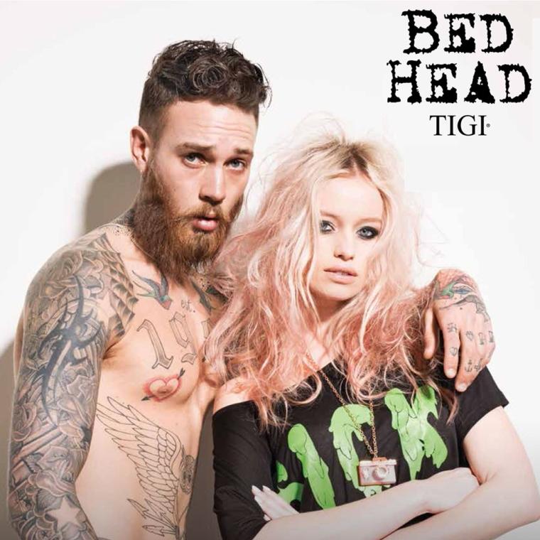 Odbudowująca odżywka do włosów rozjaśnianych - Tigi Bed Head Dumb Blonde Reconstructor Conditioner — фото N3