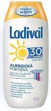 Kup Żel-balsam do opalania do skóry wrażliwej SPF 30 - Ladival Sun Protection Gel-Lotion