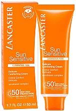 Kup Kojący krem przeciwsłoneczny do twarzy SPF 50+ - Lancaster Sun Sensitive Delicate Comforting Cream