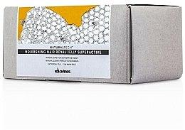 Kup Superaktywny odżywczy kompleks z mleczkiem pszczelim do skóry głowy - Davines Natural Tech Nourishing Hair Royal Jelly