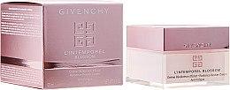 Kup Krem do twarzy przeciw oznakom zmęczenia - Givenchy L'Intemporel Blossom Radiance Reviver Cream Anti Fatigue