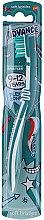 Kup Miękka szczoteczka do zębów dla dzieci 9-12 lat, biało-turkusowa - Aquafresh Advance Soft Bristles