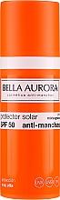 Przeciwsłoneczny krem do cery tłustej SPF 50+ - Bella Aurora Sunscreen Gel Oily Skin — фото N2