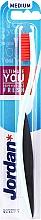 Kup Szczoteczka do zębów o średniej twardości, czarno-miętowa z różowym włosiem - Jordan Ultimate You Medium