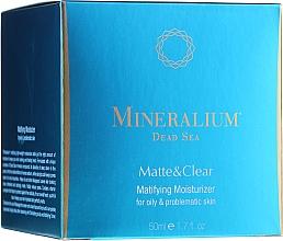 Kup PRZECENA! Matujący krem nawilżający do cery tłustej i problematycznej - Mineralium Dead Sea Matte & Clear Matifying Moisturizer For Oily&Problemaic Skin*