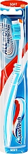 Kup Miękka szczoteczka do zębów, biało-niebieska - Aquafresh All In One Protection