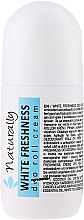 Kup Naturalny kremowy dezodorant w kulce Biała świeżość - Naturally White Freshness Deo Roll Cream