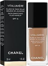 Kup Fluid matujący - Chanel Vitalumière Fluide de Teint Eclat