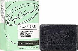 Kup Mydło w kostce z przyprawami chai Węgiel czekoladowy - UpCircle Chocolate Charcoal Chai Soap Bar