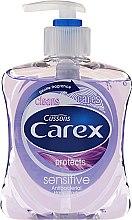 Kup Antybakteryjne mydło w płynie do rąk - Carex Sensitive Hand Wash