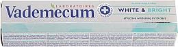 Kup Wybielająca pasta do zębów z proteiną - Vademecum Pro Vitamin Whitening Toothpaste