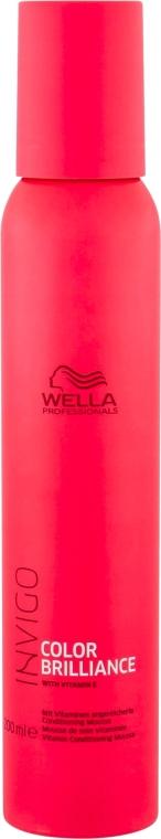 Witaminowy trwałych mus-odżywka do włosów farbowanych - Wella Professionals Invigo Color Brilliance Conditioning Mousse