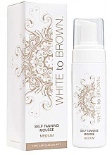 Kup Mus samoopalający - White To Brown Self Tan Mousse Medium