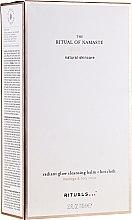 Kup Zestaw pielęgnacyjny do twarzy Moringa i Lotos - Rituals The Ritual of Namaste Radiant Glow (balm 100 ml + towel)