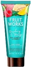 Kup Oczyszczający peeling do ciała Malina i mango - Grace Cole Fruit Works Raspberry & Mango Body Scrub