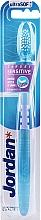 Ultramiękka szczoteczka do zębów, błękitna - Jordan Target Sensitive Ultrasoft — фото N2