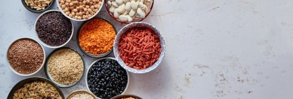 Siemię lniane – <em>superfood</em> dla skóry i włosów