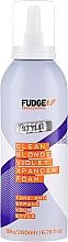 Kup Pianka zwiększająca objętość i tonująca kolor włosów blond - Fudge Clean Blonde Violet Xpander Foam
