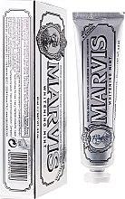 Kup Wybielająca pasta do zębów z ksylitolem - Marvis Whitening Mint + Xylitol