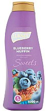 Kup Pianka do kąpieli Jagodowe muffiny - Luksja Sweets Blueberry Muffin Bath Foam