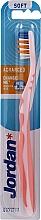Kup Miękka szczoteczka do zębów Advanced, bez nasadki, jasnoróżowa - Jordan Advanced Soft Toothbrush