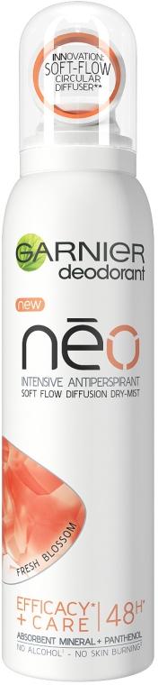 Antyperspirant w sprayu - Garnier Mineral Neo Fresh Blossom Deodorant
