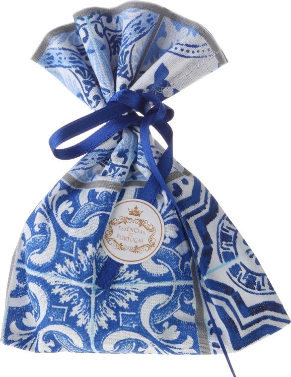 Woreczek zapachowy, biało-niebieski - Essencias De Portugal Tradition Charm Air Freshener — фото N1