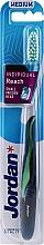 Kup Szczoteczka do zębów z nasadką ochronną, granatow-zielona - Jordan Individual Reach Medium Toothbrush
