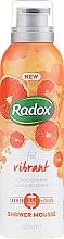 Kup Mus do mycia ciała i golenia Czerwona pomarańcza i imbir - Radox Feel Vibrant Blood Orange & Ginger Scent Shower Mousse
