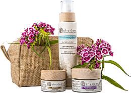 Kup Zestaw do twarzy Rytuał piękna z efektem anti-aging - Shy Deer (emulsion 200 ml + cr/mask 50 ml + eye/cr 30 ml + bag)