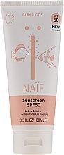 Kup Ochronny krem przeciwsłoneczny dla dzieci i niemowląt SPF 50 - Naif Baby & Kids Sunscreen SPF 50